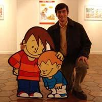 Foto de Chanti con dos de sus personajes